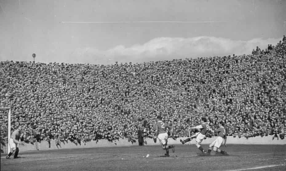 Hibs in action at Easter Road in 1951, when they won the league by 10 points.