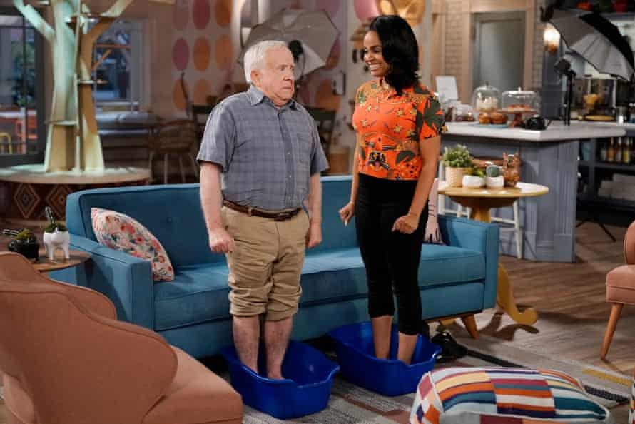 Leslie Jordan and Kyla Pratt in Call Me Kat, the US remake of Miranda.
