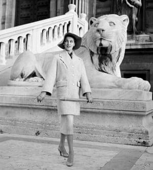 Prêt-à-porter, Law Court, Paris 1960