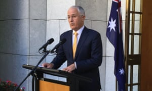 Malcolm Turnbull announces that he will recall Senate to pass building watchdog legislation or face a double dissolution election.