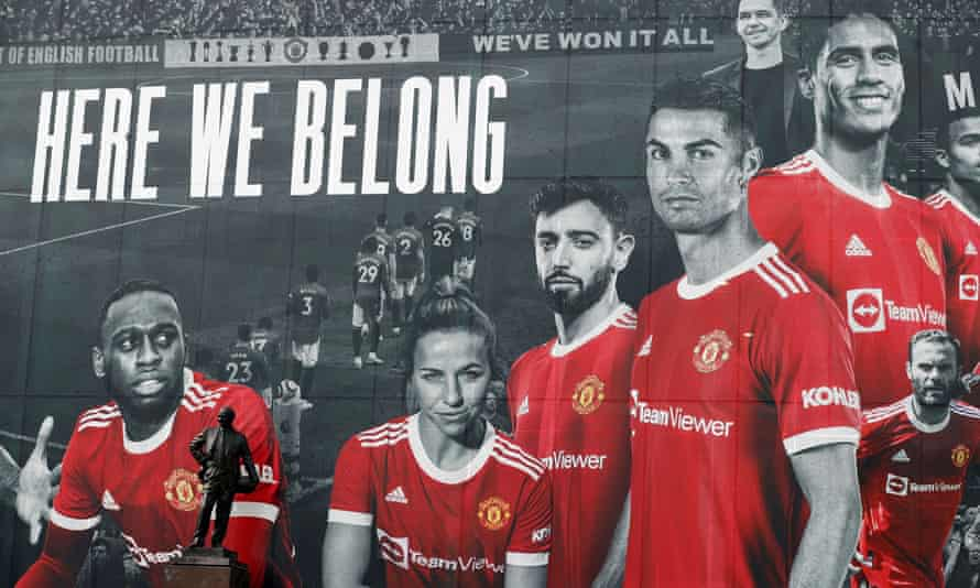 A picture of Cristiano Ronaldo in his Manchester United shirt has been added to a giant poster outside Old Trafford.