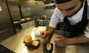 Chef Luca Sordi busy in the kitchen of the Saorsa 1875 vegan hotel