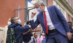 New York Mayor Bill de Blasio greets students in Manhattan, New York