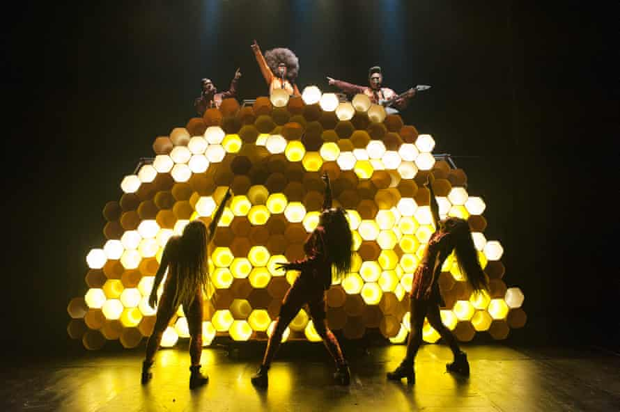 Hot Brown Honey: front, from left to right, Juanita Duncan, Lisa Fa'Alafi and Crystal Stacey. Back, left to right, Hope Haami, Busty Beatz, Ofa Fotu
