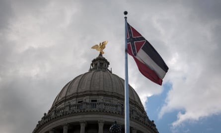 Lawmakers in Mississippi voted on June 28 to remove the Confederate battle standard from the state flag, after nationwide protests drew renewed attention to symbols of the United States' racist past.