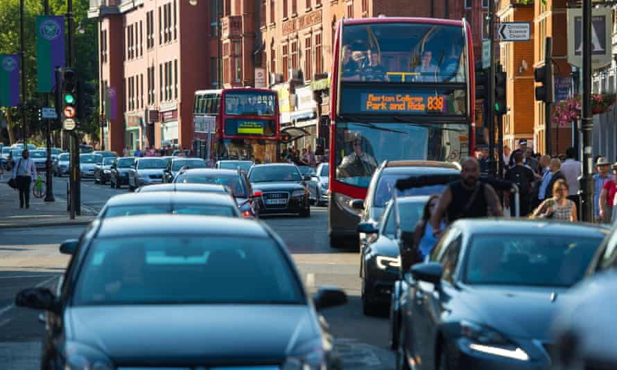 Living near busy traffic may increase the likelihood of dementia, according to a new study
