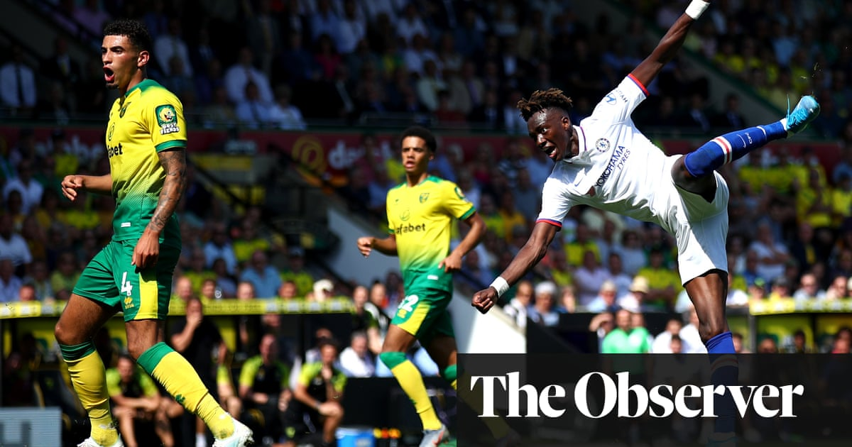 Tammy Abraham doubles up as Chelsea edge Norwich in five-goal thriller