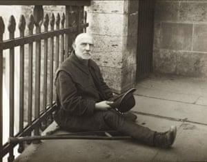 Beggar, 1926 by August Sander.