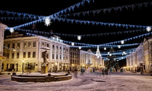 Tartu town hall square, decorated for Christmas.