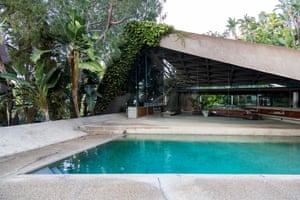 Prominent photographers who have shot at the house include Herb Ritts, Helmut Newton, Steven Meisel and Mario Testino.