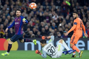 Messi shoots, but it's cleared off the line by Marcel.