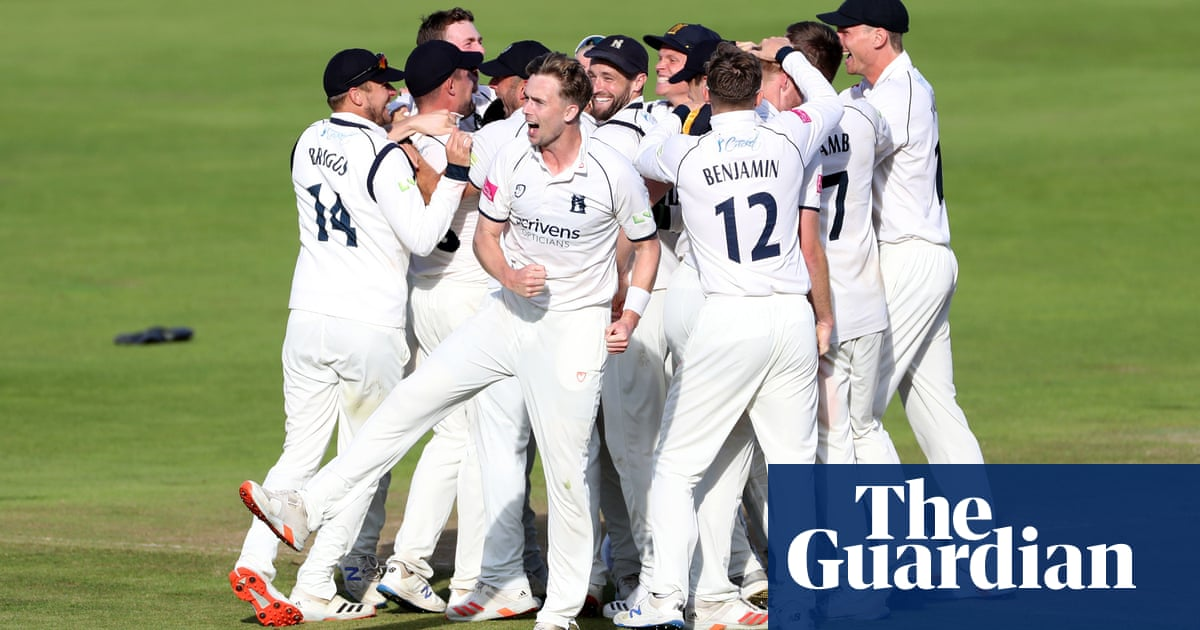 County cricket: Warwickshire's title was a triumph of teamwork