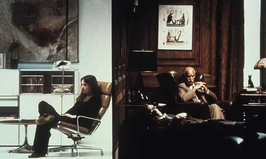 Diane Keaton, Woody Allen and Humphrey Davis in Annie Hall, in which Keaton and Allen both saw therapists.