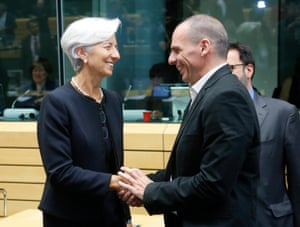 epa04818001 International Monetary Fund (IMF) managing director Christine Lagarde and Greek Finance Minister Yanis Varoufakis (R) at the start of a special Eurogroup Finance ministers meeting on Greek crisis at EU council headquarters in Brussels, Belgium, 25 June 2015.