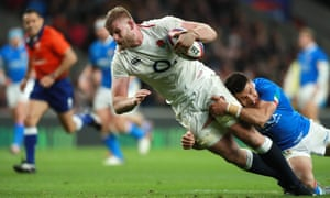 Kruis scores England's sixth try.