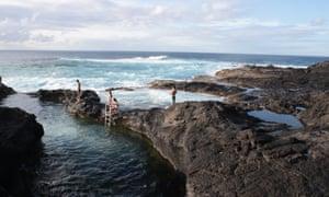 Ponta da Ferraria e Caneiros -piscinas naturais caneiros. Дикий путеводитель Португалия