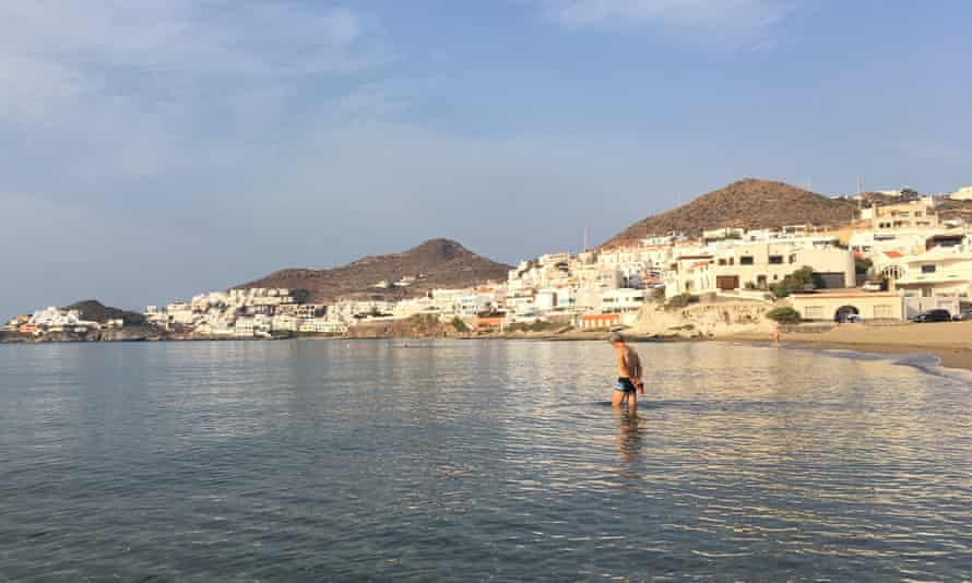Alain from France is the first swimmer. San José, Almeria, Spain.