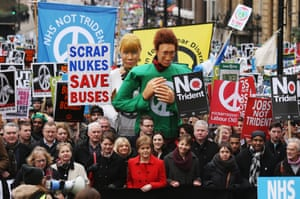 Leanne Wood, Nicola Sturgeon and Caroline Lucas join protesters on the anti-Trident march.