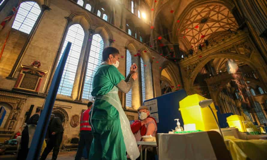 Vaccinations taking place at Salisbury Cathedral