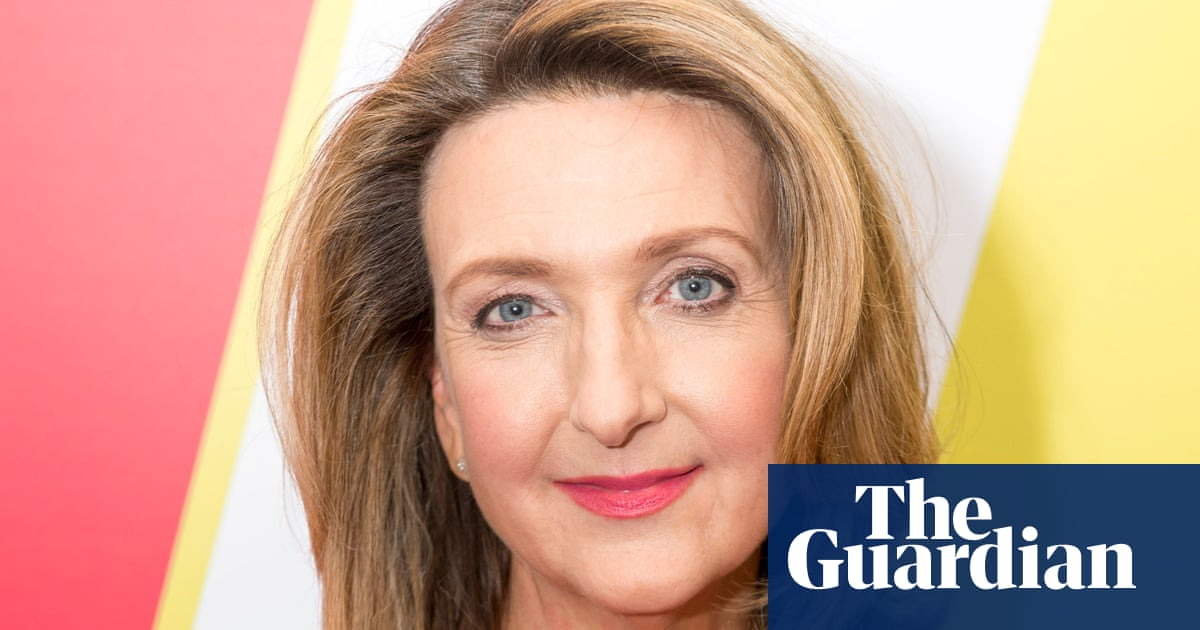 Victoria Derbyshire: 'I couldn't get my high heels on in time before a BBC news bulletin'