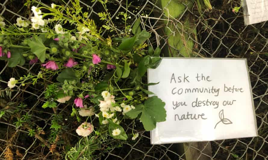 Sign placed by local residents at Heigham Park.