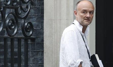 Dominic Cummings enters 10 Downing Street