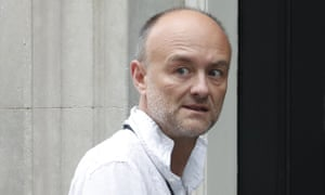 Dominic Cummings walks into 10 Downing Street