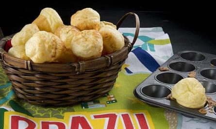 Pão de queijo are best eaten fresh from the oven.