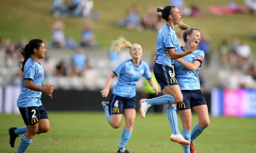 Chloe Logarzo and her Sydney FC teammates celebrate a goal