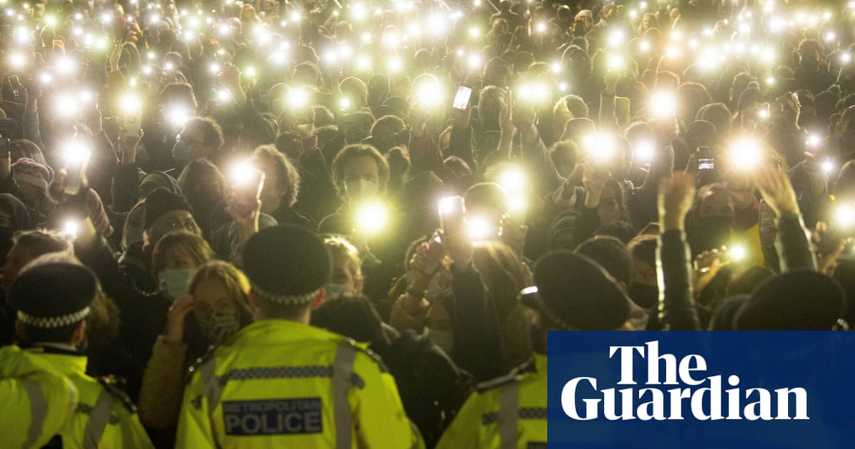 UK police chiefs to review all sexual misconduct allegations against officers