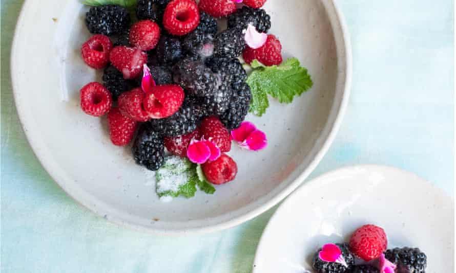 Last fruits: berries with rose geranium sugar.