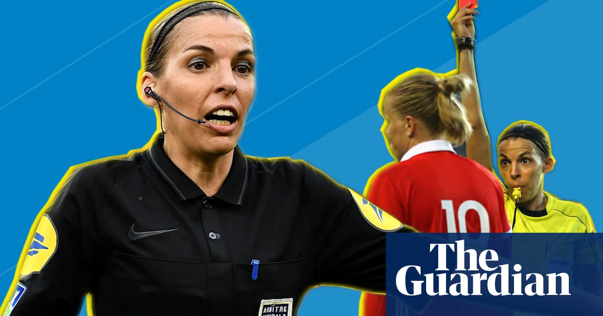 Stéphanie Frappart: the referee in charge of the Uefa Super Cup – video