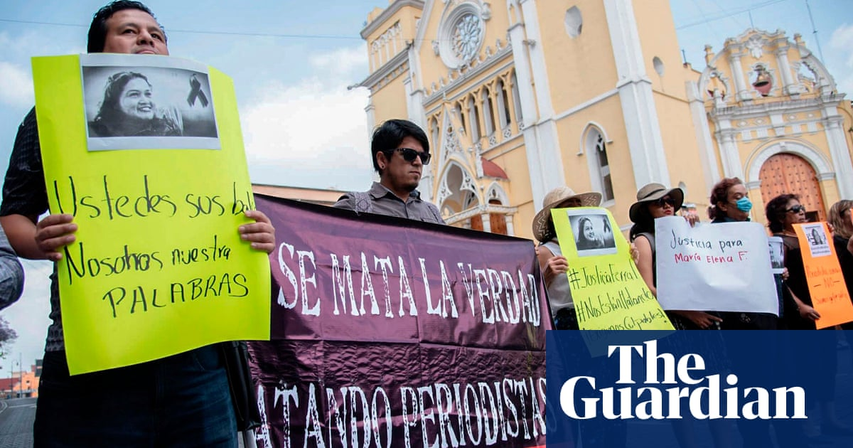 Mexican photojournalist killed after taking photos of bodies along a road
