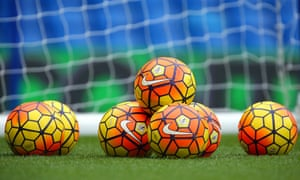 Footballs may be put away for two weeks in January if discussions between the FA and the Premier League bear fruit.