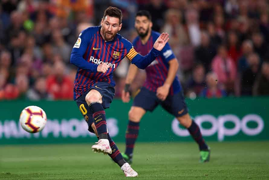 Lionel Messi and Luis Suárez are a formidable attacking Barcelona forward line.