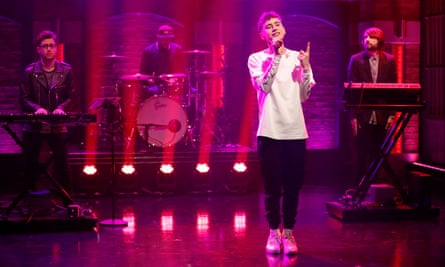 Olly Alexander on Late Night With Seth Meyers, 2015.