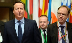 Ivan Rogers (right) with David Cameron at a European council leaders' meeting in Brussels in February 2016
