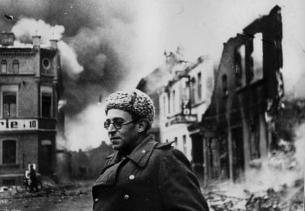 Battle lines … Vasily Grossman covers the Red Army's advance in Schwerin, Germany, 1945.
