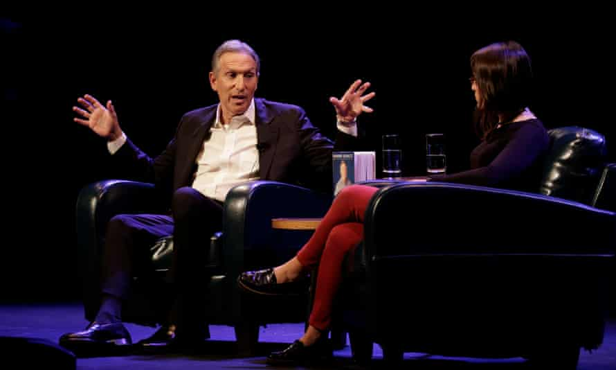 Howard Schultz speaks with moderator Monica Guzman during his book tour in Seattle, Washington, on 31 January.