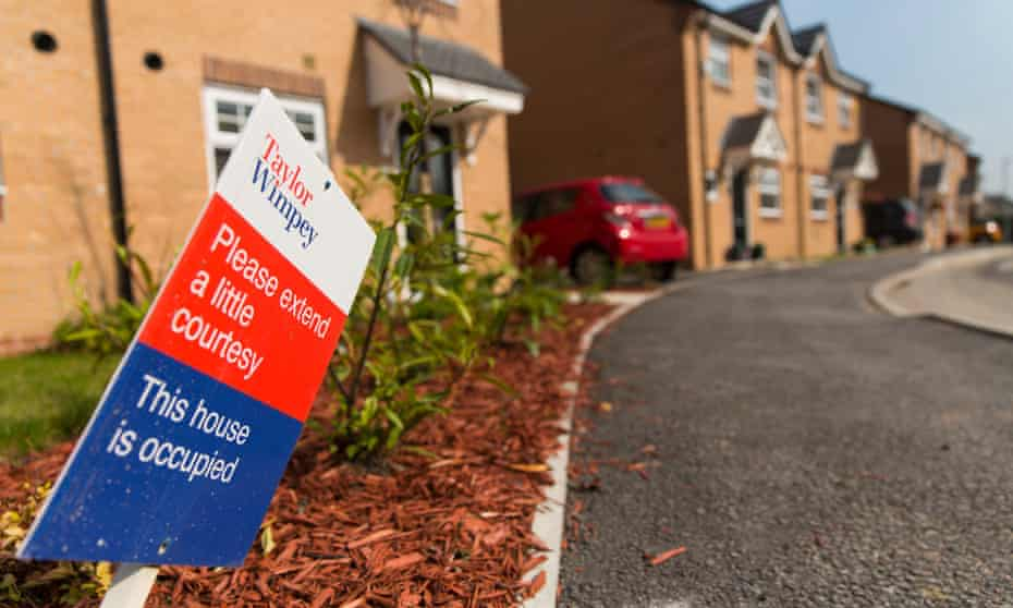Taylor Wimpey sign