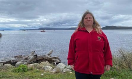 woman in a red zipped polar fleece jacket