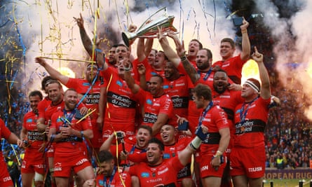 Toulon celebrate their victory over Clermont in the European Champions Cup Final at Twickenham.