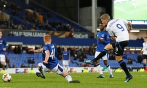 Atalanta's Andreas Cornelius scores their fourth goal against Everton, the first of his two on the night.