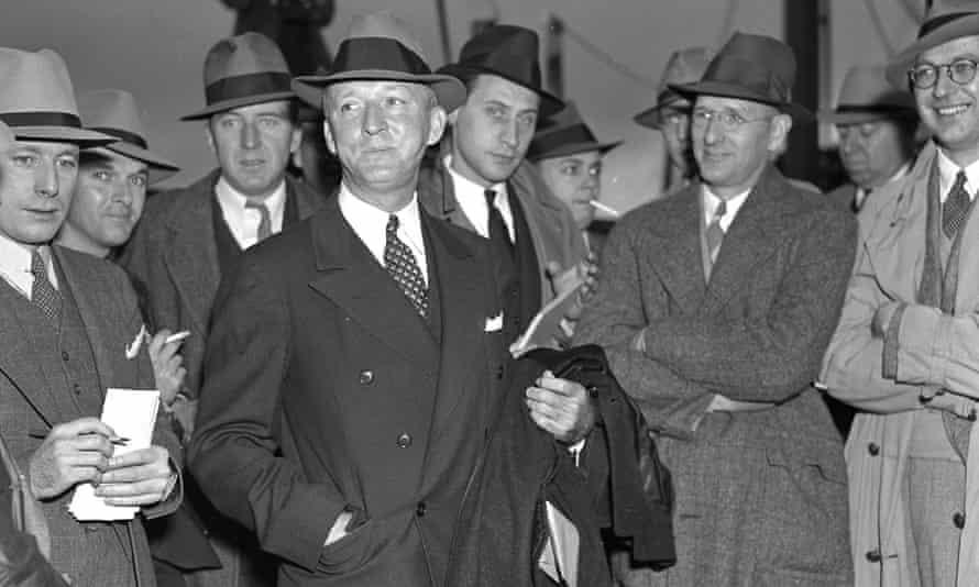 Justice Hugo Black surrounded by press in Norfolk, Virginia.