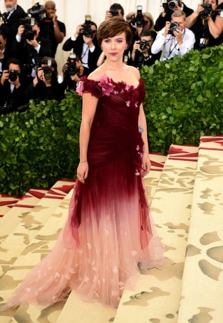 Scarlett Johansson wearing Marchesa to the 2018 Met Ball