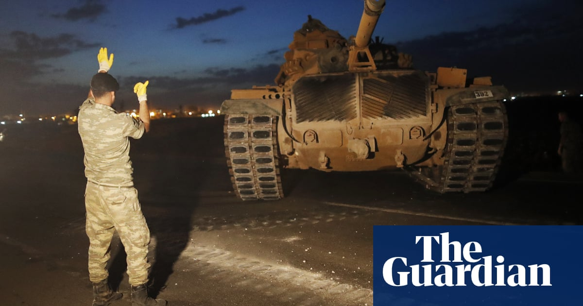 Donald Trump has handed over Isis fight in Syria, Turkey says, as offensive looms