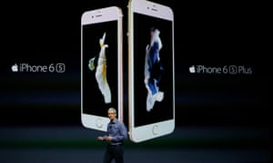 Apple CEO Tim Cook announcing the last iPhones that came out.