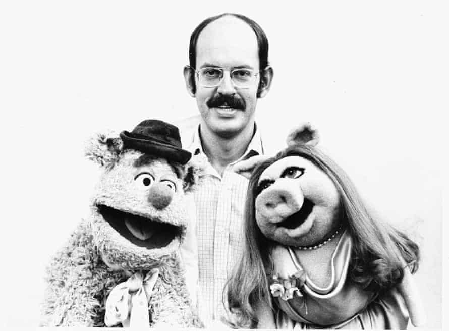 Oz in 1977 with Fozzie Bear and Miss Piggy.