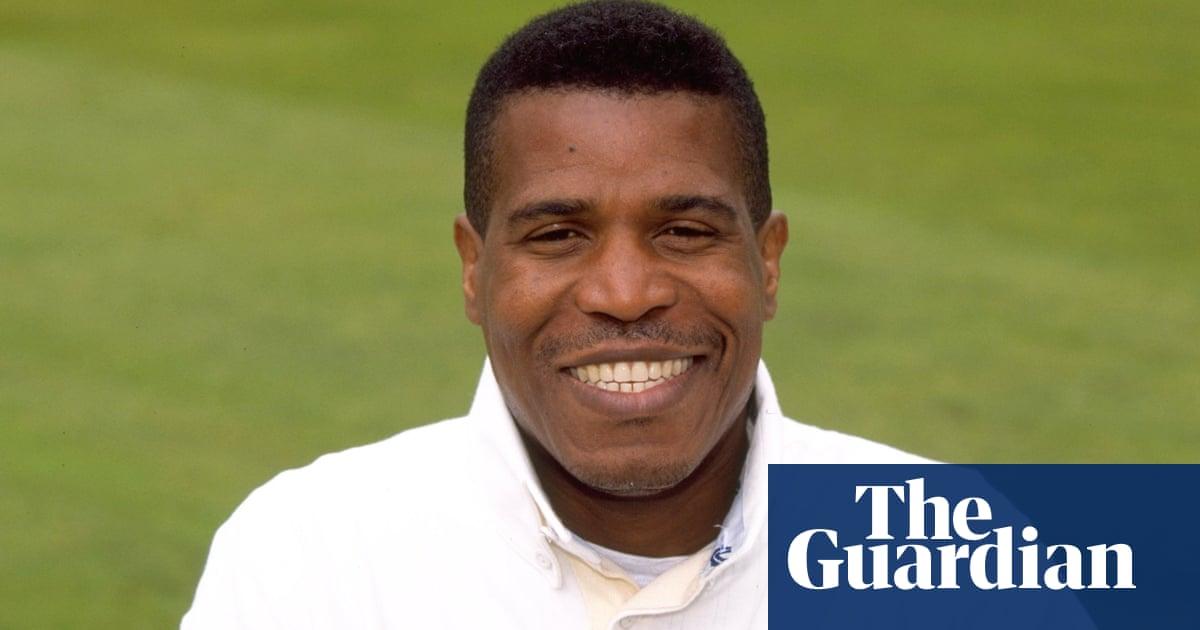 Joey Benjamin, former England, Surrey and Warwickshire bowler, dies aged 60