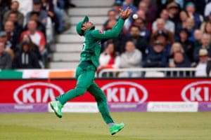 Fakhar drops the catch Roy.